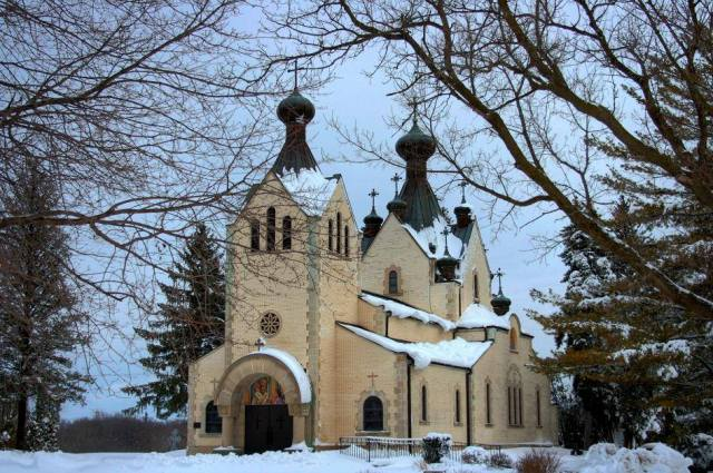 Saint Sava Orthodox Monastery Church, Libertyville, Illinois, where Peter II was buried for over four decades, before his remains were repatriated to Serbia