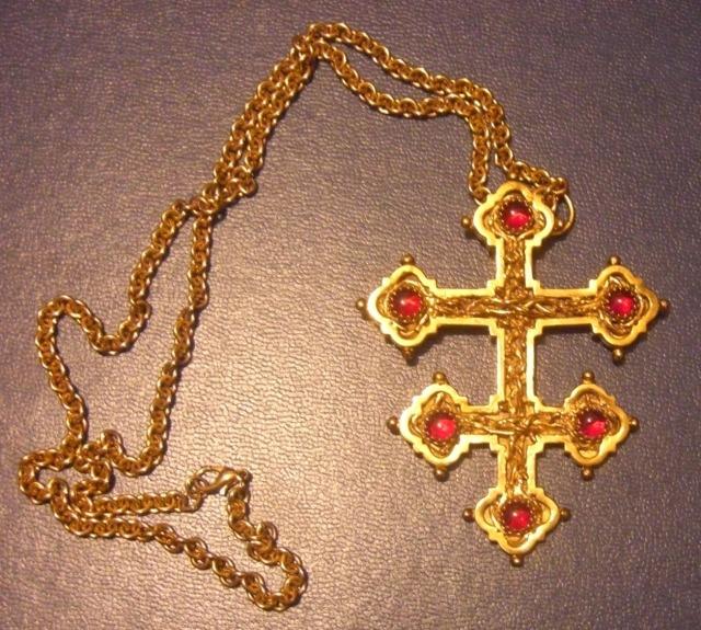 Bricaud Cross